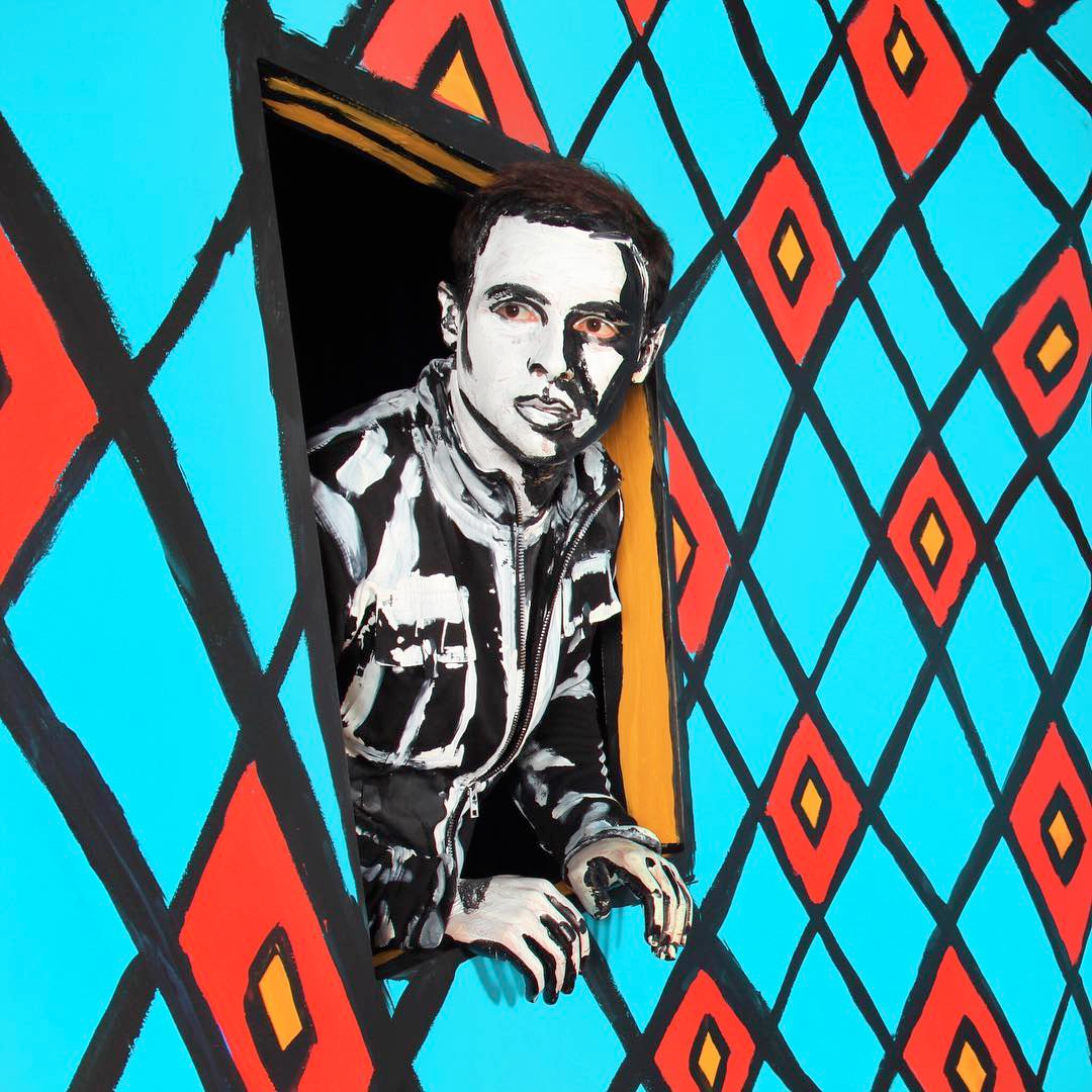 Aza as painted by Alexa Meade at the Exploratorium (2015).