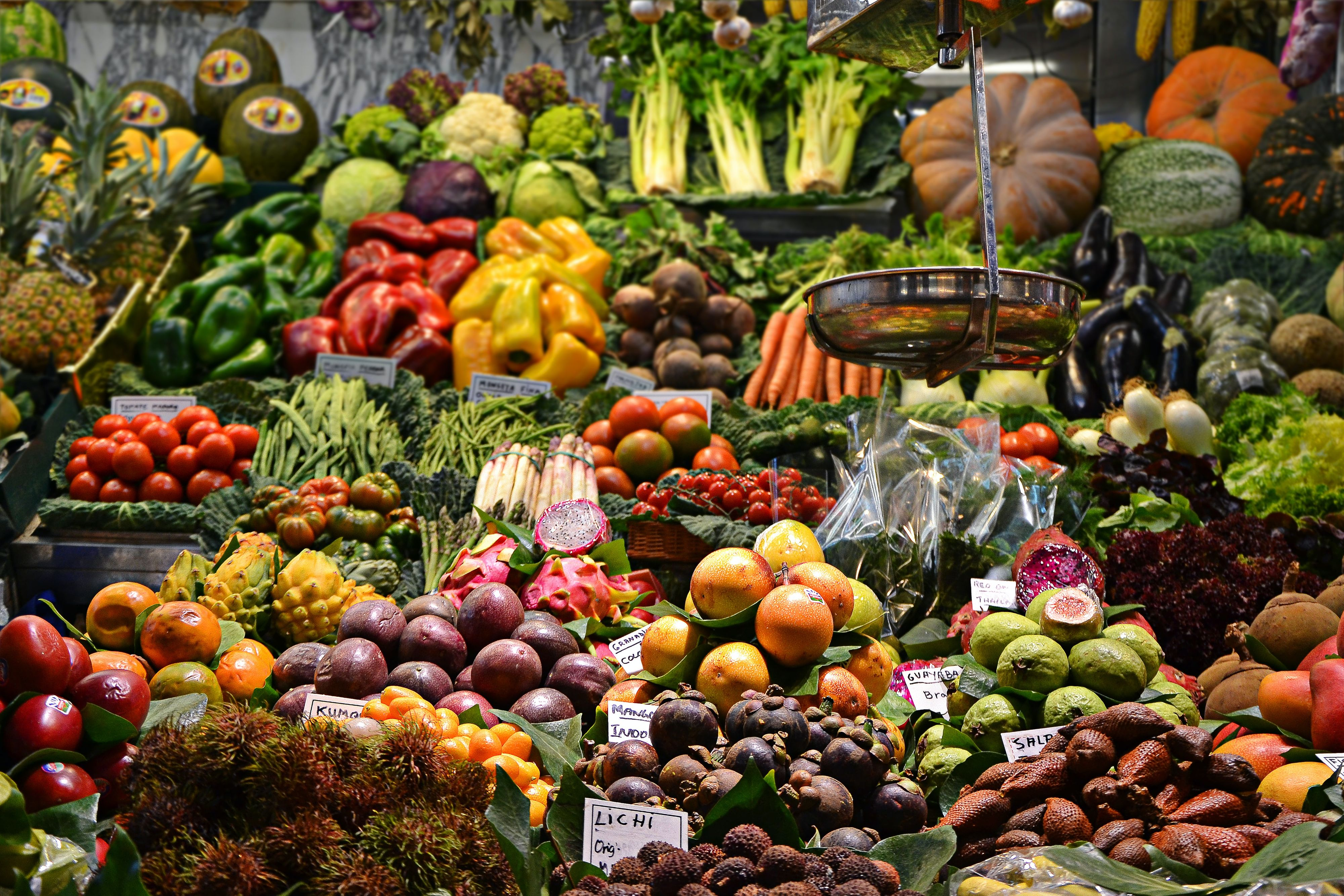 How We're Helping Indonesian to Get Fresh Organic Food from Market